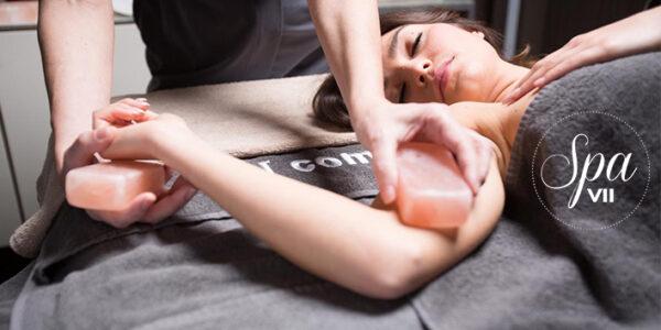 Massagem de Sal dos Himalaias - Uma experiência de relaxe com benefícios únicos